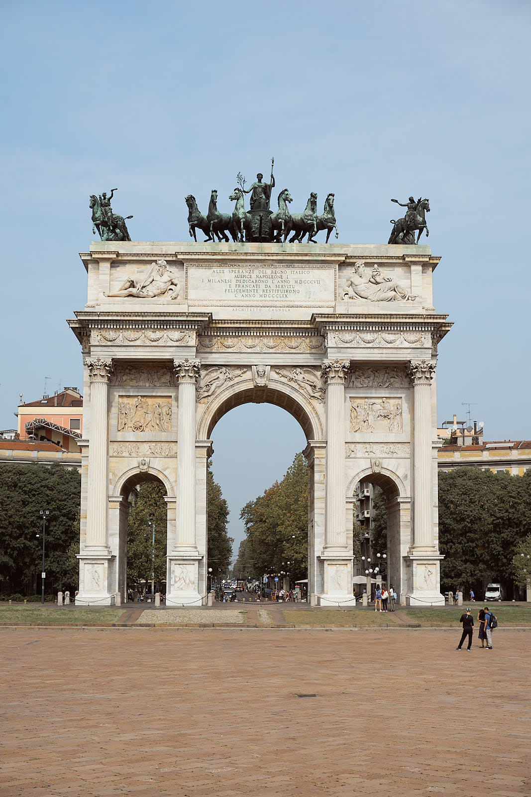 the arc of peace in milan